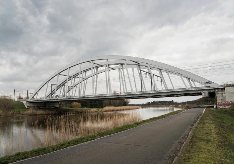 Voorbeeld nieuwe spoorbrug Duffel