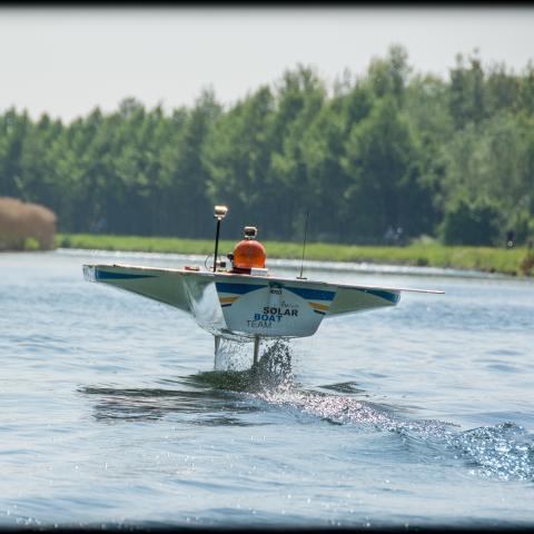 Solar boat TU Delft Ecorace Challenge 2017